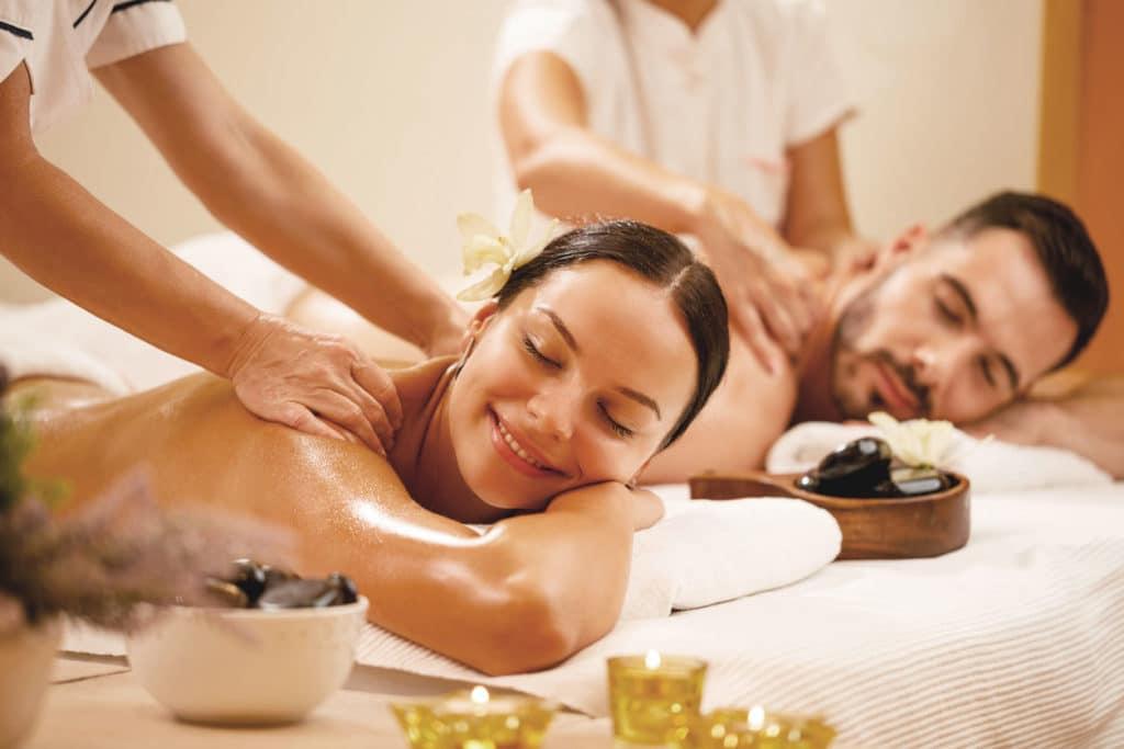 massage-detente-pose-vernis-semi-permanent-epilation-faux-ongles-extension-cils-5bienetre-Paris-5